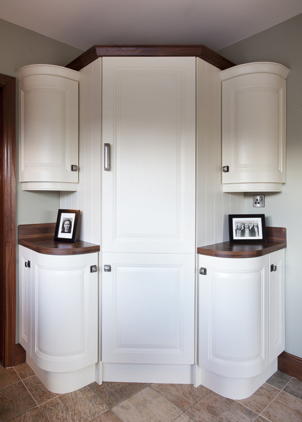 Bespoke Painted Kitchen With Oak Island & Marble Worktops